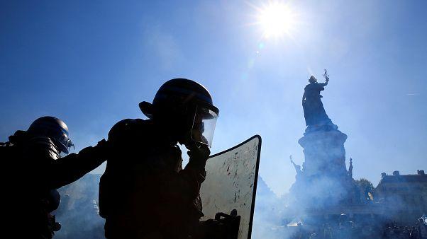 صدامات واعتقالات في الأسبوع الثالث والعشرين لاحتجاجات السترات الصفراء بفرنسا