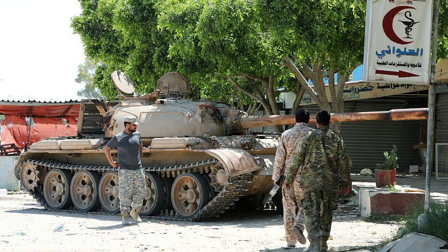 اشتباكات عنيفة في الضواحي الجنوبية للعاصمة الليبية