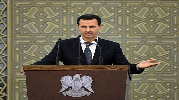 الأسد يلتقي بمسؤولين روس يبحثون استئجار ميناء طرطوس