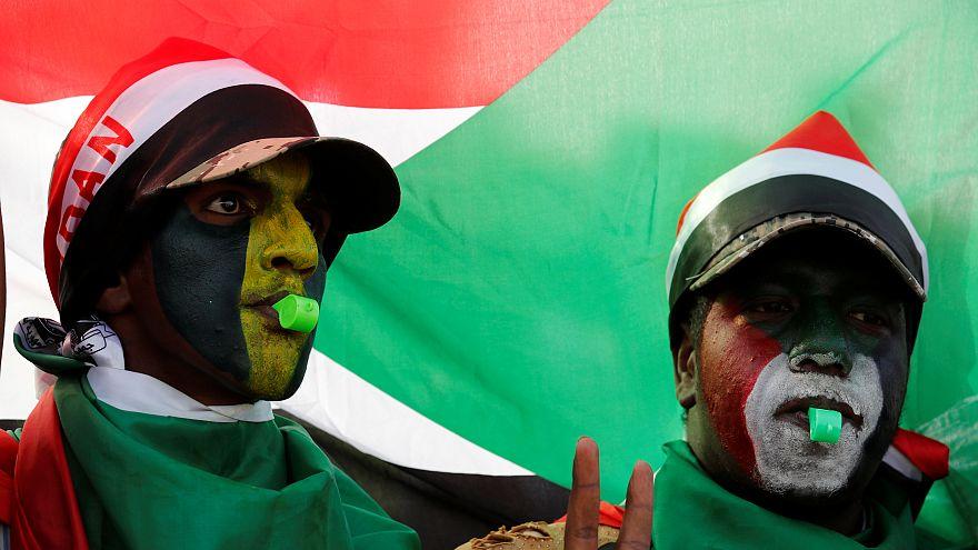 Sudan'da eski iktidar partisinin üst düzey yöneticileri tutuklandı