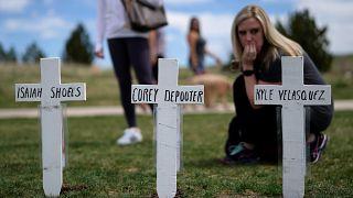 Vingt ans après, le lycée Columbine commémore la tuerie