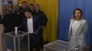 Megkezdődött az elnökválasztás Ukrajnában