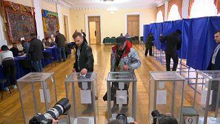 Theaterdonner bei Präsidentenwahl  in der Ukraine