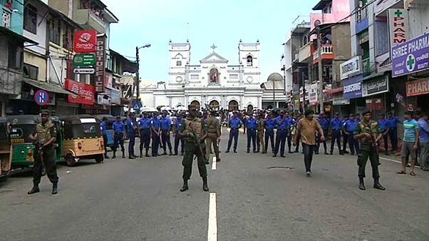 Anschläge auf Kirchen und Hotels: über 200 Tote - auch Ausländer
