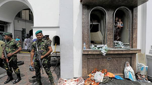 شاهد: لحظة انفجار إحدى كنائس سريلانكا في يوم الاحتفال بعيد القيامة