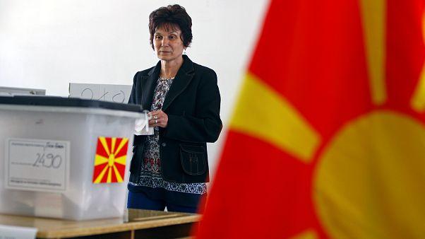 Βόρεια Μακεδονία: Σε εξέλιξη οι κρίσιμες προεδρικές εκλογές