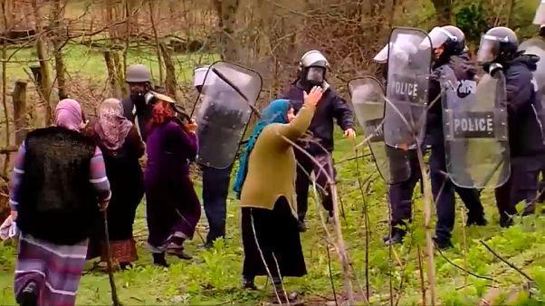پلیس گرجستان با معترضان به ساخت یک نیروگاه برق آبی درگیر شد