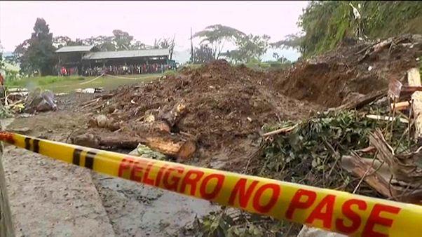 Halálos földcsuszamlás Kolumbiában
