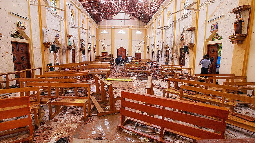آثار الدمار الناتج عن تفجيرات الأحد