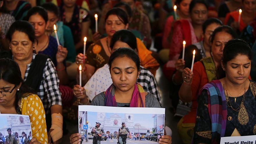 Мир скорбит по жертвам терактов на Шри-Ланке