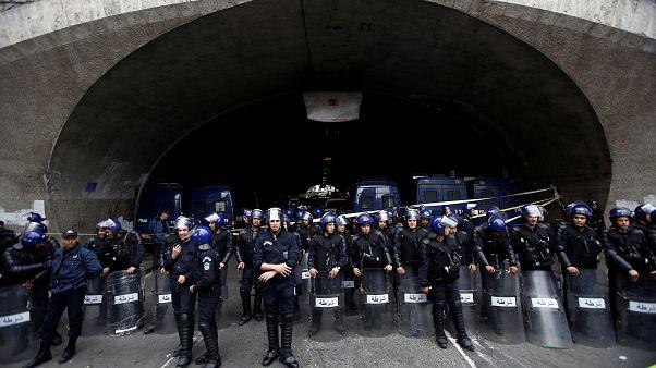 انتشار واسع لرجال الشرطة في العاصمة الجزائرية