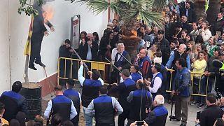 Andalusia, per Pasqua sparano e danno fuoco ad un manichino di Puigdemont