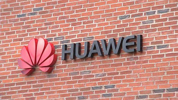 Huawei: Αύξηση εσόδων και κερδών