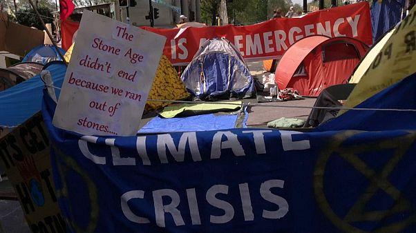 احتجاجات بسبب التغيرات المناخية في بريطانيا