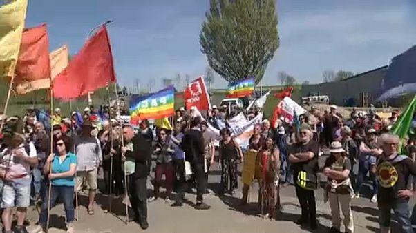 Tüntetés az atombombák ellen
