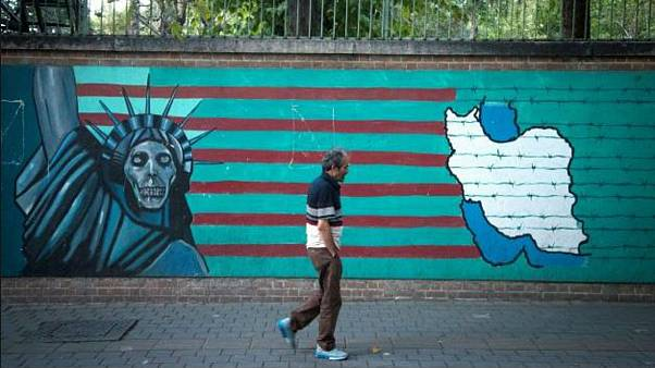 تبعات اقتصادی تحریم نفتی کامل ایران؛ دلار تا چه نرخی گران میشود؟
