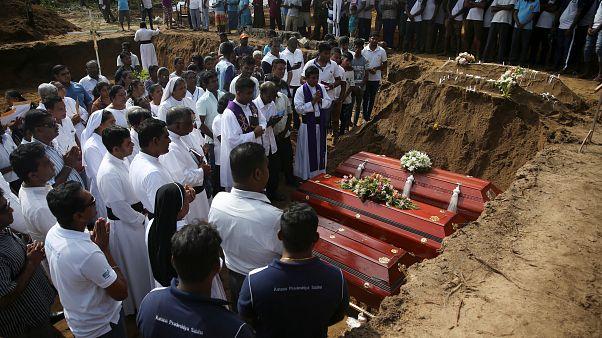 Σρι Λάνκα: Οι επιθέσεις αντίποινα για το Κράιστσερτς