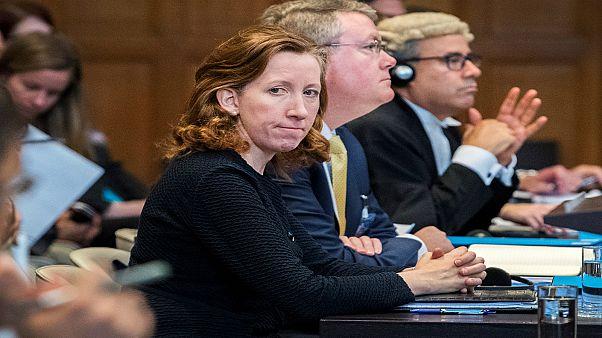 فيسبوك توظف المستشارة القانونية في الخارجية الأمريكية جينيفر نيوستيد