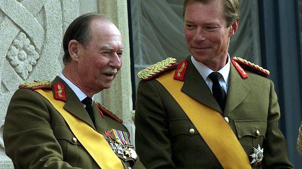 El gran duque Juan junto a su hijo Enrique