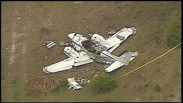 توفي الركاب الستة على متن الطائرة الصغيرة