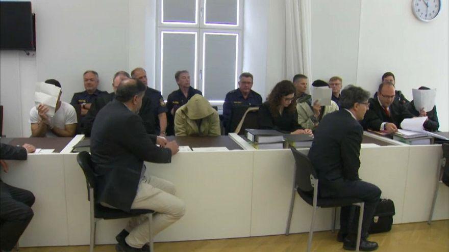 Nach Prügelattacke: Bewährung für 3 von 4 Asylbewerbern in Amberg