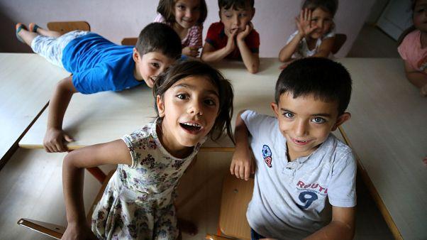 23 Nisan: Maddi yoksunluk pençesindeki çocuklara da bayram mı?