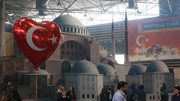 Fransa'da Türk kültürü festivali: Arap göçmenlerden Türk sanatçılara yoğun ilgi