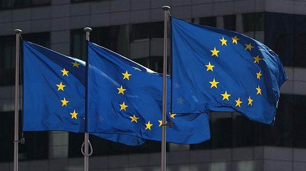 اتحادیه اروپا: عدم تمدید معافیتهای نفتی میتواند به تضعیف اجرای برجام بیانجامد