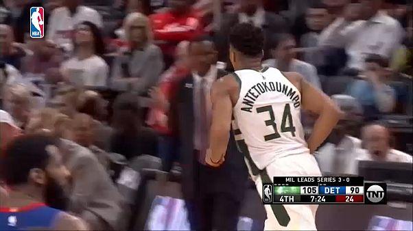 NBA Playoff: i Milwaukee Bucks vincono a Detroit e passano il turno