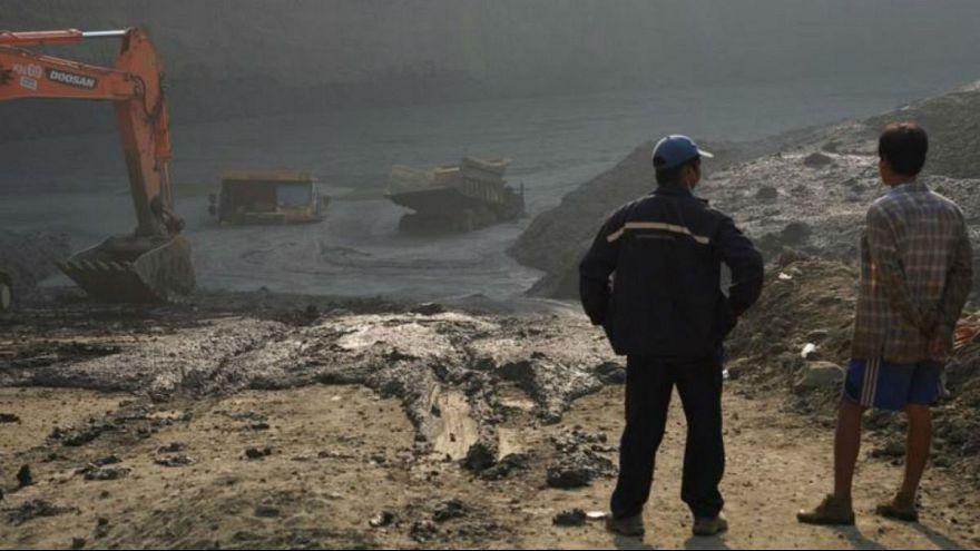 ریزش معدن یشم در میانمار؛ دستکم ۵۰ معندچی مدفون شدند