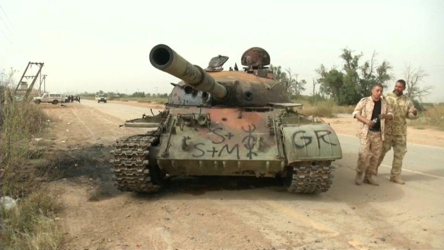 Libia, le forze di Haftar respinte per 60 km a sudest di Tripoli