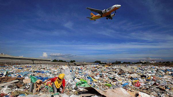 Filipinli lider Duterte'den Kanada'ya tehdit: Çöpünüzü toplayın yoksa savaş açarız