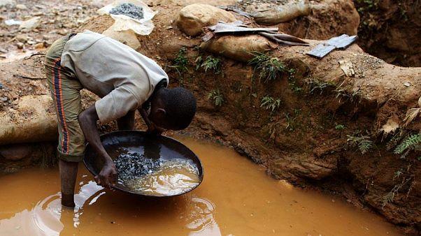 Afrika'dan her yıl milyarlarca dolarlık altın yasa dışı yollarla çıkarılıyor