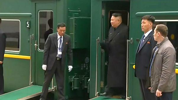 Kim Jong-un na Rússia para se encontrar com Vladimir Putin