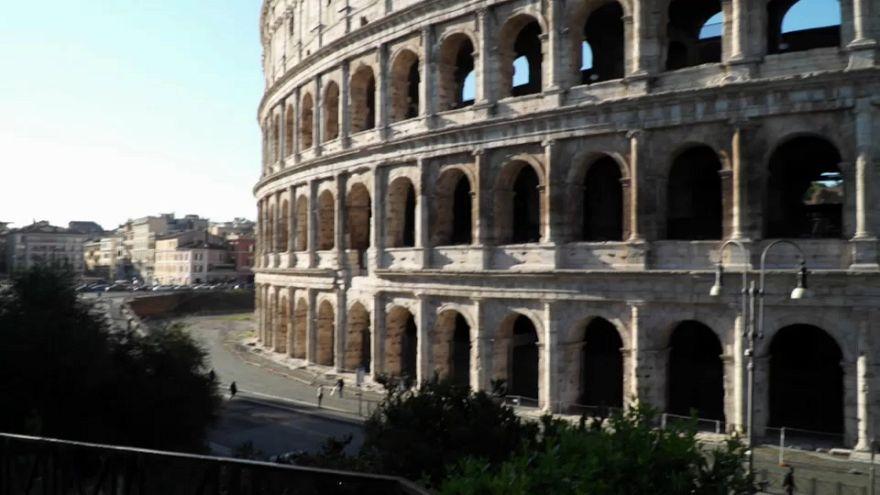 Italian coalition partners fail to agree on Rome bailout