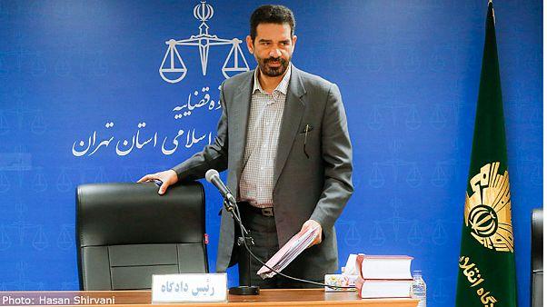 قاضی مسعودیمقام: نمیدانم چرا سه متهم بانک سرمایه همزمان سکته کردند