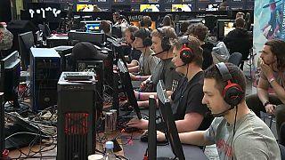 """Exército dinamarquês quer recrutar """"gamers"""""""