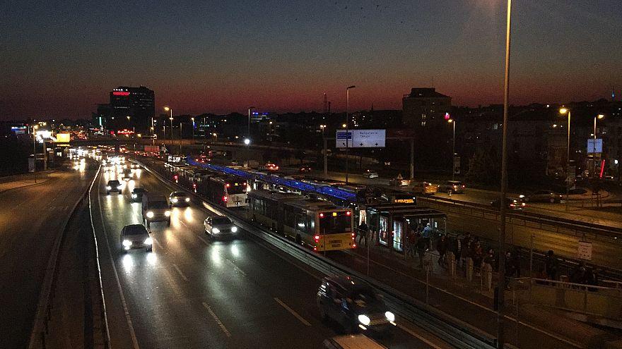 Metrobüste cinsel saldırı sanığı tutuklandı