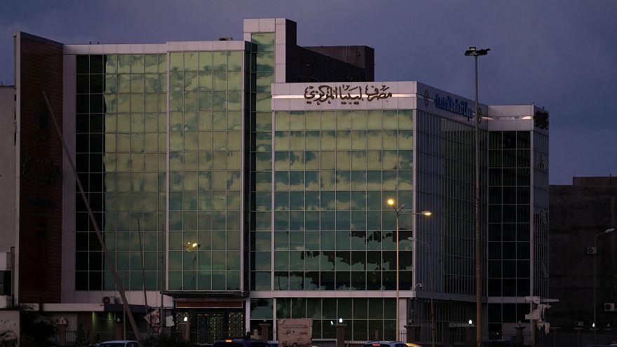 هل تبدأ معركة البنوك في ليبيا بعد معركة طرابلس؟