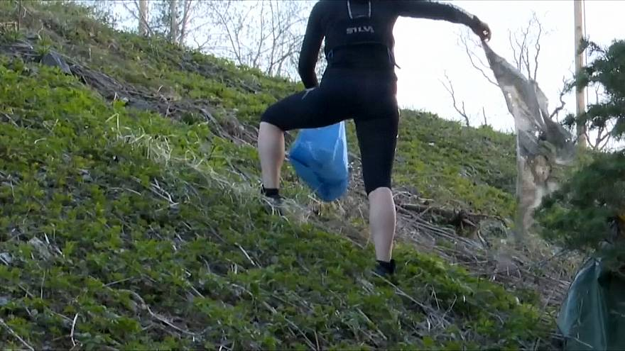شاهد: السويديون يجمعون بين العناية بالبيئة واللياقة البدنية