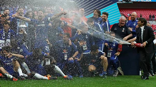 جام حذفی انگلستان؛ حذف شامپاین برای احترام به اعتقادات مذهبی بازیکنان