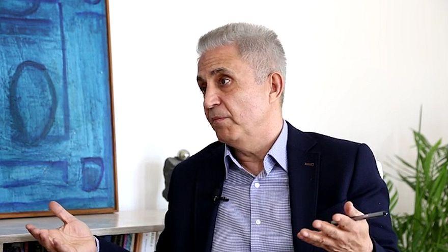 Hapis cezaları onanan Cumhuriyet Gazetesi çalışanları cezaevine girdi