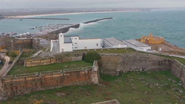 قلعة بينيش البرتغالية.. حكايةُ سجن تحوَّل إلى متحف وظُلم تصدّى له قرنفل