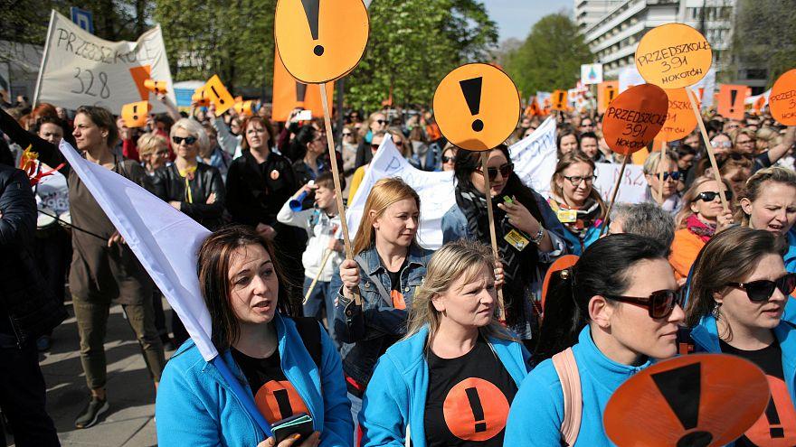 Felfüggesztett lengyel pedagógussztrájk