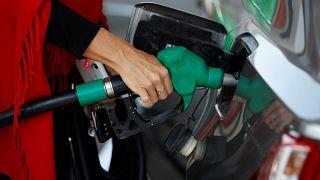 El precio del petróleo se dispara debido a la presión sobre Irán