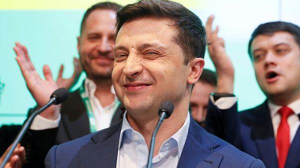 Ukrayna'nın yeni Devlet Başkanı Zelenskiy seçim kampanyası yorgunluğunu Türkiye tatiliyle atıyor