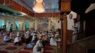 خشية مزيد من الهجمات مناشدة للسريلانكيين بتجنب المساجد والكنائس