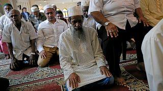 مسلمو سريلانكا يصلون الجمعة وسط دعوات إلى السلام