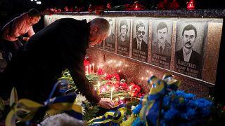الأوكرانيون يحيون الذكرى 33 لكارثة تشرنوبيل النووية