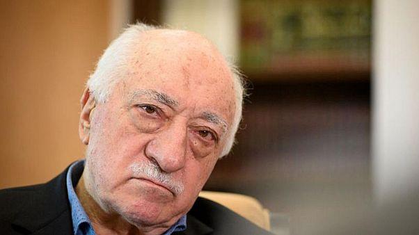 اعتقال أكثر من 200 عنصر من أفراد الجيش التركي لصلتهم بغولن